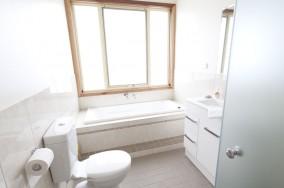 Sandrift beach house - Bathroom
